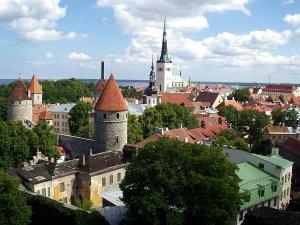 Столица Эстонии готова принять и удивить туристов из Литвы