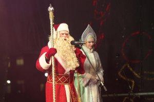 Юрий Щуцкий - Дед Мороз на Кафедральной площади Вильнюса © В. Царалунга-Морар