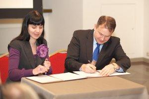 Подписание договора между Дворцом Владык в Вильнюсе и музеем МИР © 2014   Владимир Царалунга-Морар