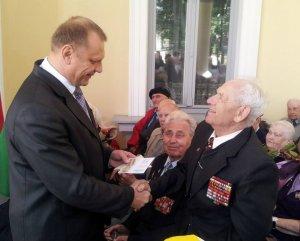 Беларусь наградила освободителей
